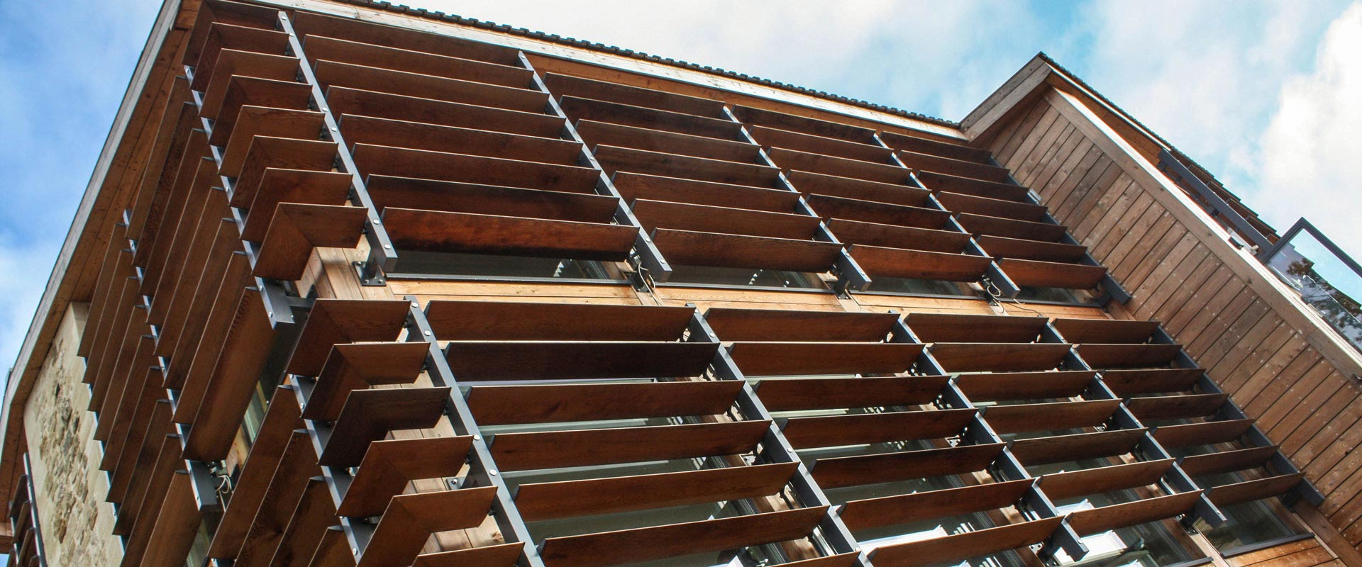 Red Cedar School ~ Contrasol timber brise soleil
